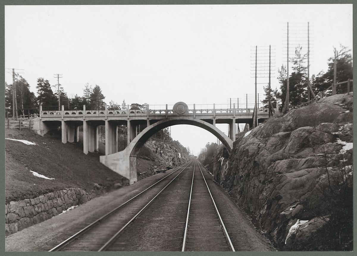 Vägbro vid Västberga.