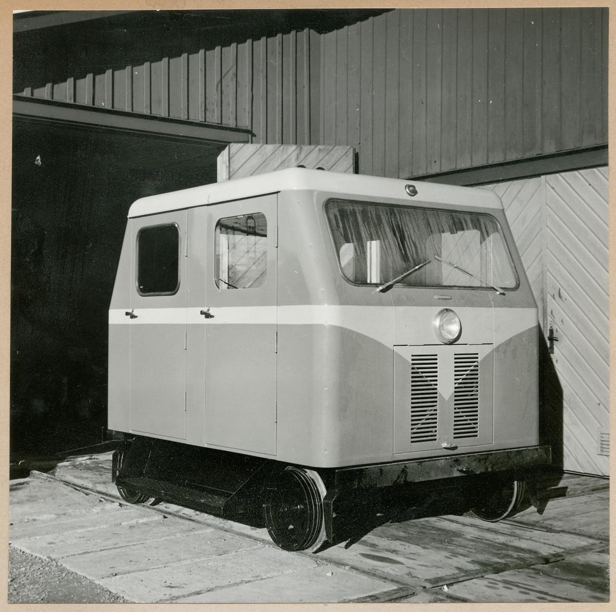 """Motordressin MDR 127, alias """"Köttbullen""""."""