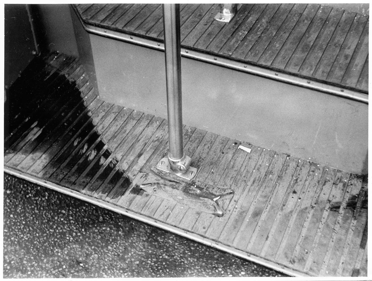 Ingångs- eller utgångssteg på en buss.