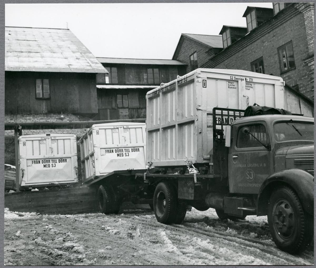 Statens Järnvägar, SJ, från dörr till dörr transport av containrar.