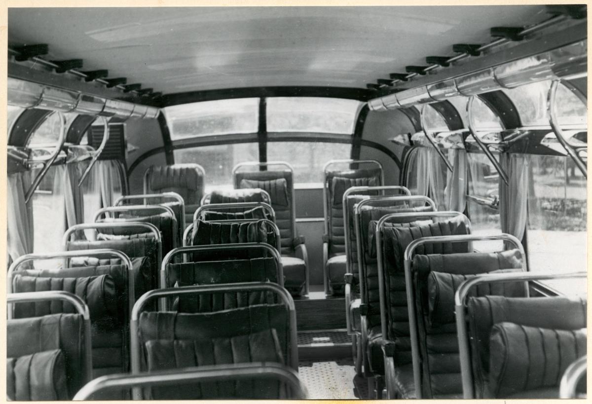Interiör i Statens Järnvägar, SJ buss med registreringsnummer E1802.