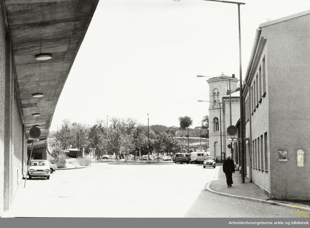 Enga mot Oslo Vestbanestasjon. August 1976