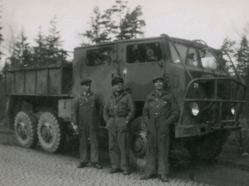 Dragterrängbil m/42