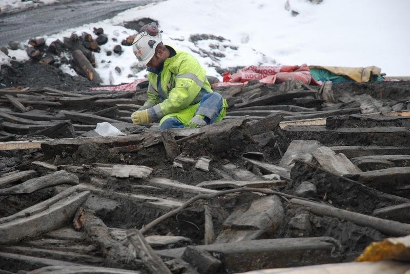 Det er krevende å dokumentere et skipsvrak i felt. Arkeologene ved museet har opparbeidet seg mye kunnskap om hvordan viktig informasjon om funnet samles inn.