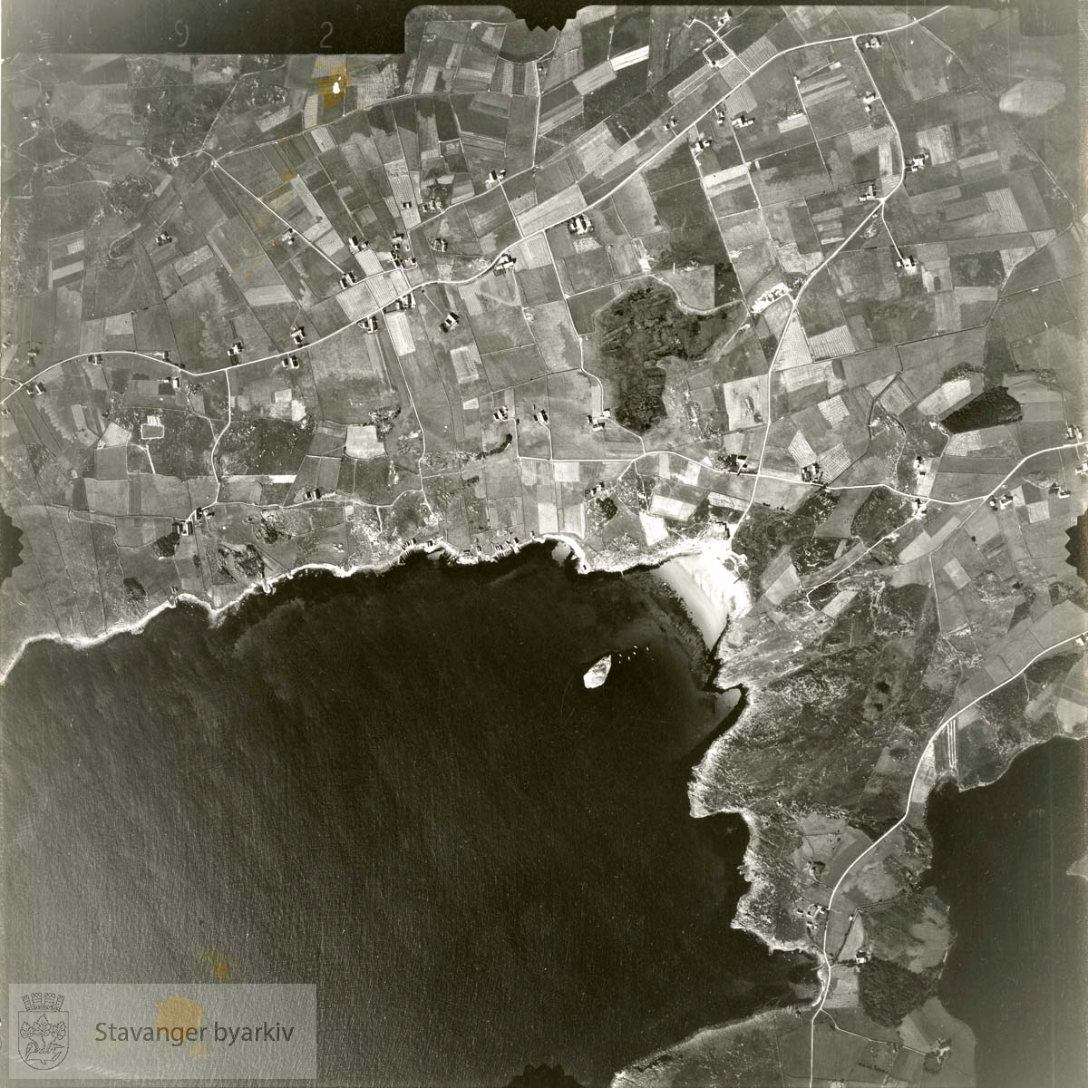 Jfr. kart/fotoplan B21/392..Endrestø, Goavika, Vistevika..Se ByStW_Uca_002 (kan lastes ned under fanen for kart på Stavangerbilder)