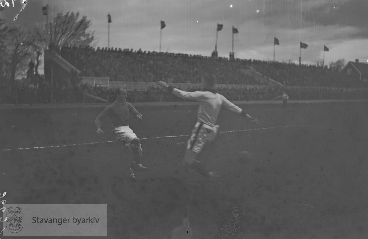 Viking - SIF 5 - 3 .Fotball.