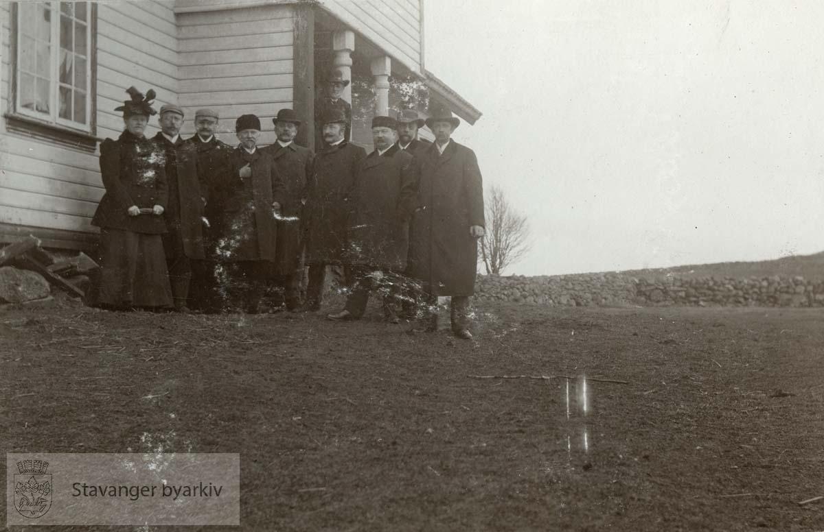 Generalkonsul Ingvald Thorsen kjøpte i 1908 gården Særheim