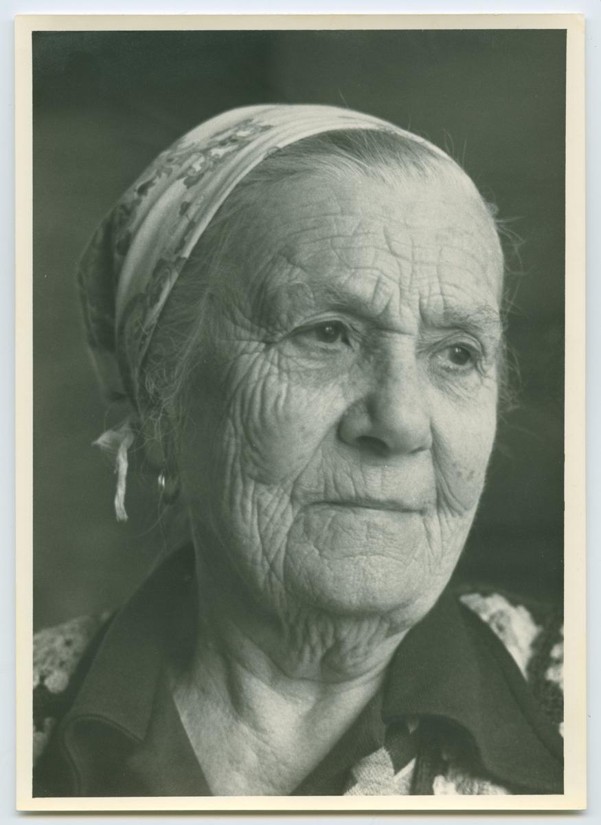 Porträtt av Berta Andersson.
