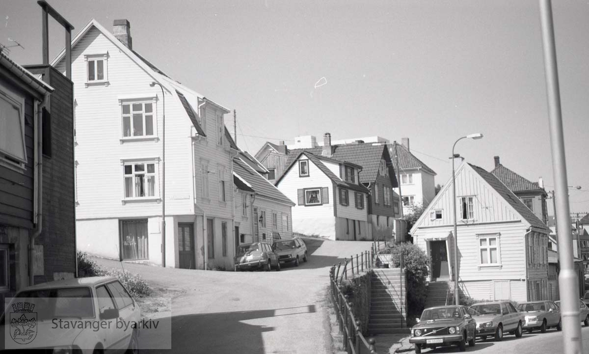 Vestover fra Bratteberggata - Bøkkersmauet