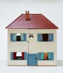 Dukkehus med inventar