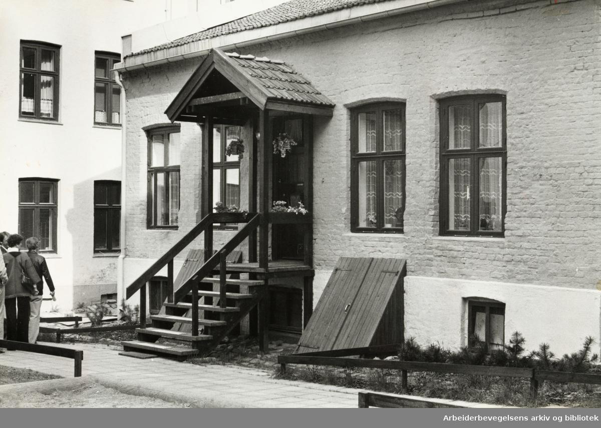 Grünerløkka. Restaurert i Markveien 56. 1980