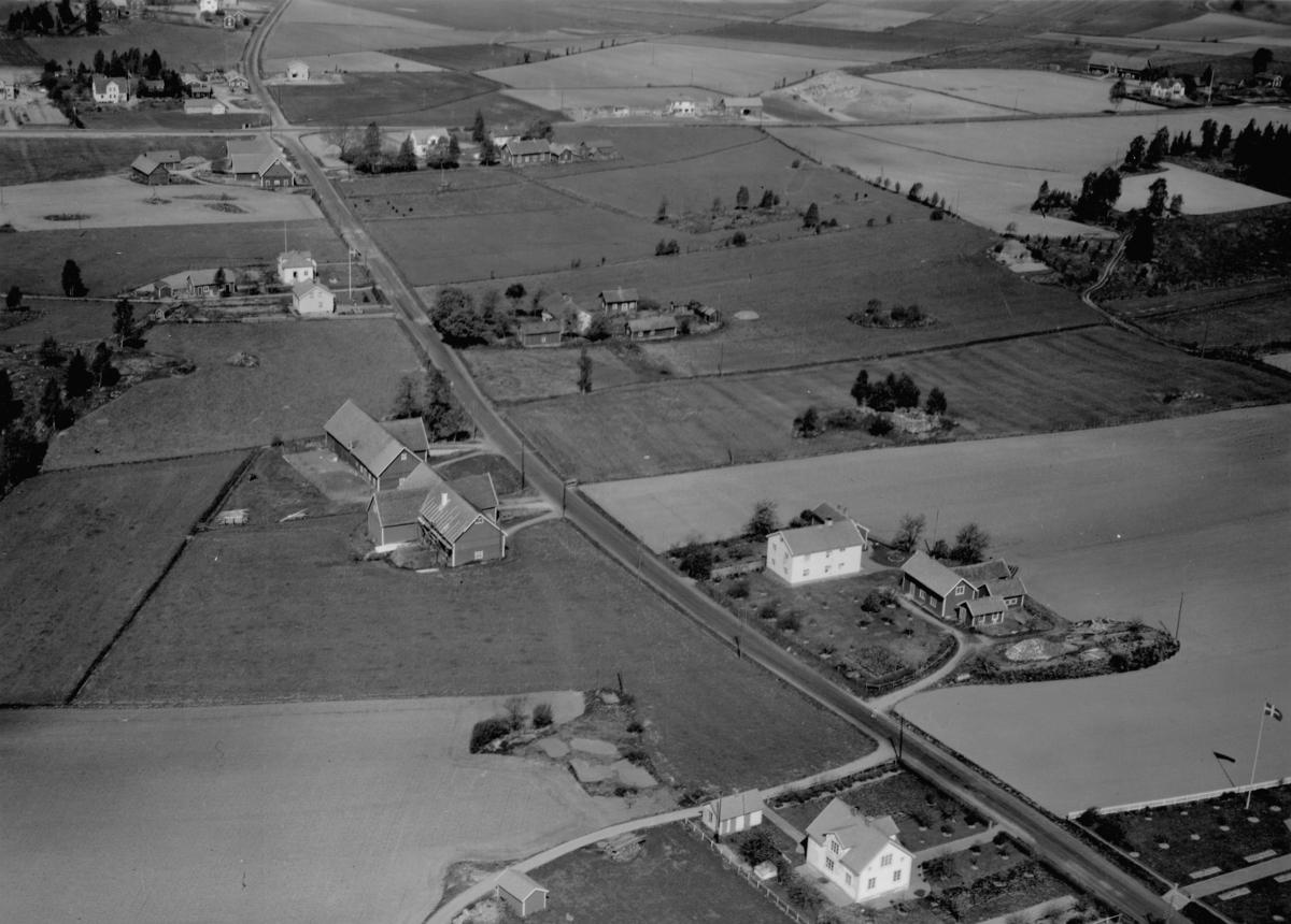 Flygfoto ver lmstad by i Jnkpings kommun. Nr R 623