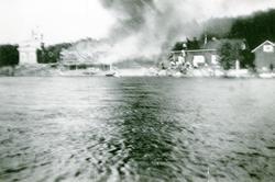 Boris Gleb hotell brenner 24. juni 1937. Kirkens ses til ven