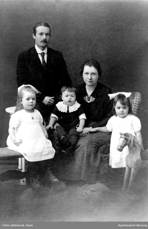 Edvard Svean med familie