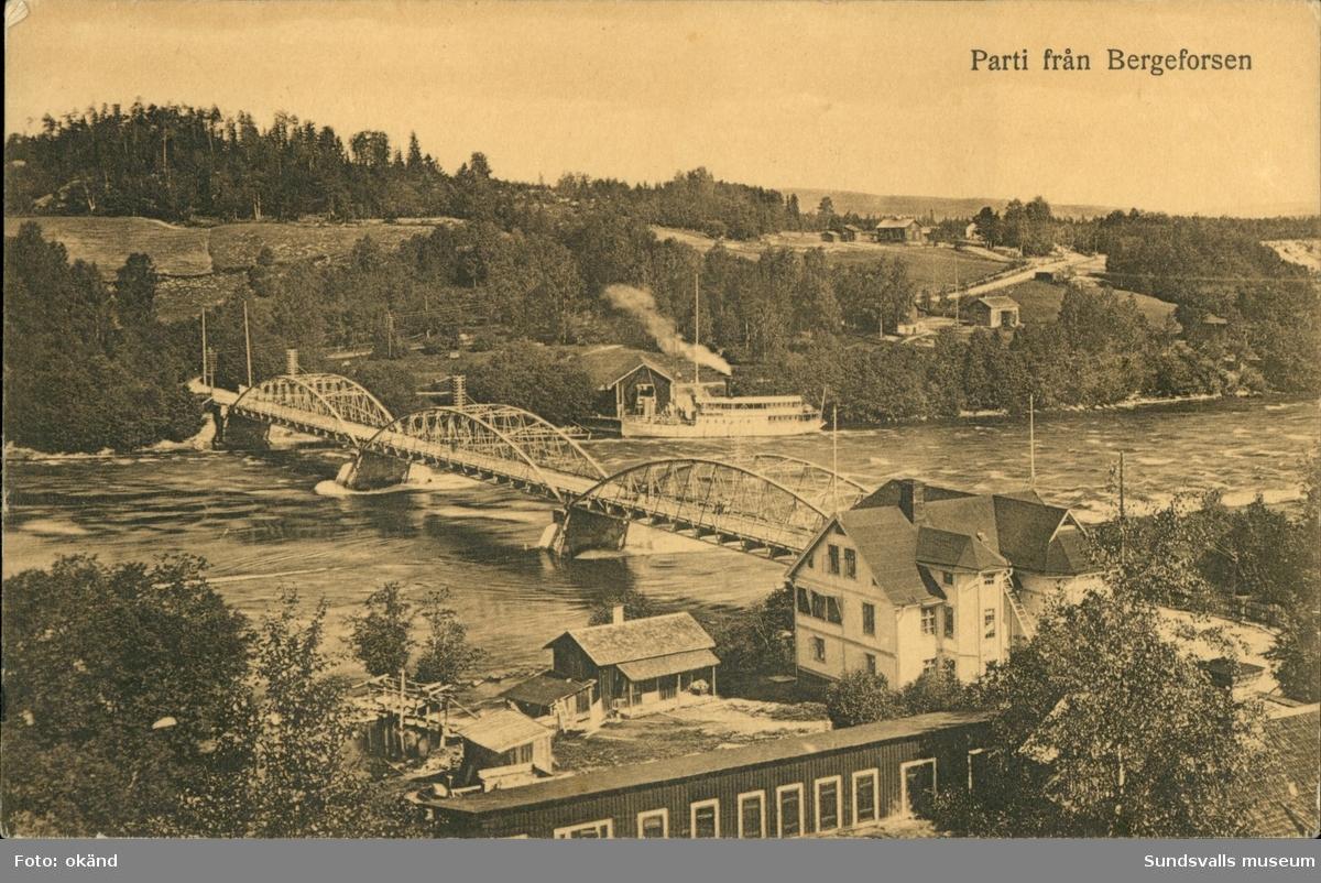 Vykort med motiv över bron i Bergeforsen.