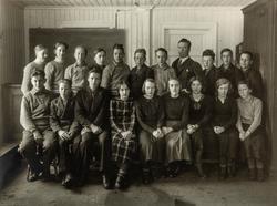 Gruppe 20. Framhaldskolen i Vallset i 1936. Bildet er tatt p
