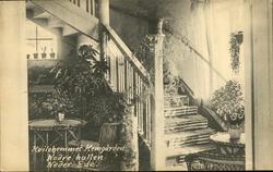 Vykort med motiv av nedre hallen i vilohem Fridhem i Stöde.