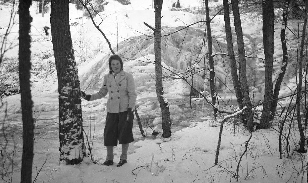 Kvinna i sportkläder, vinter.