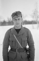 Porträttfoto av Viljo Heikkinen, finsk frivillig under finsk