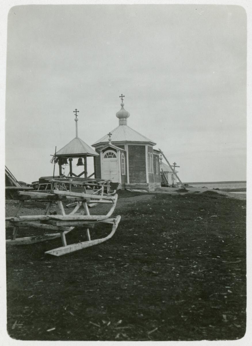 Kyrkan i den ryska byn Chabarova, 1919.