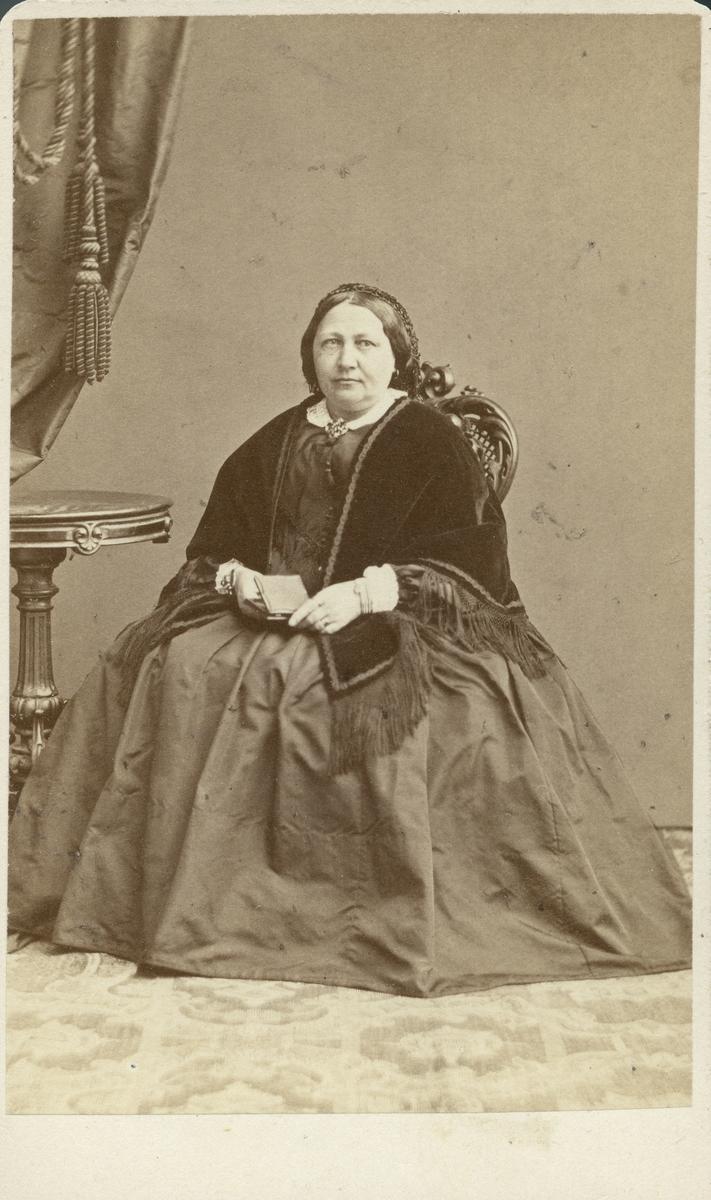 Carolina Garberg (1806-1872), gift med Gustaf Adolf Elfstrand.