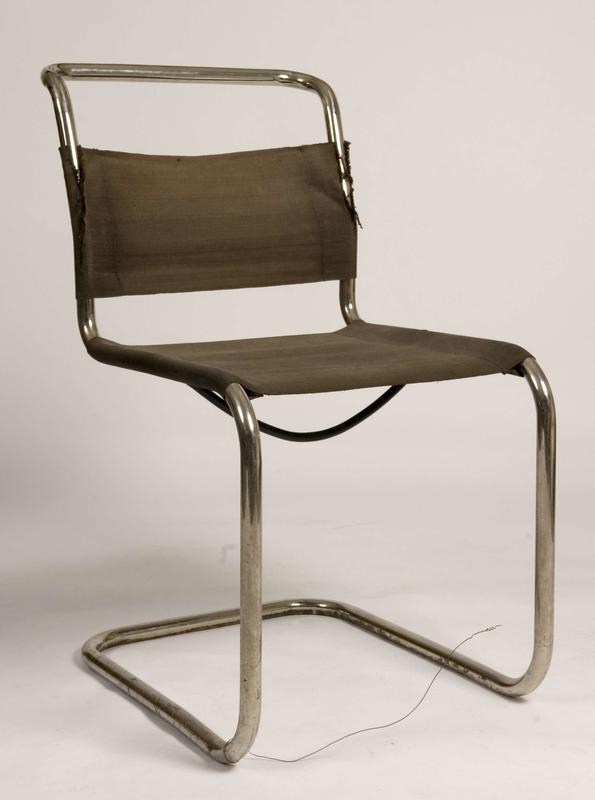 Stålrørstol, designet av Marcel Breuer.