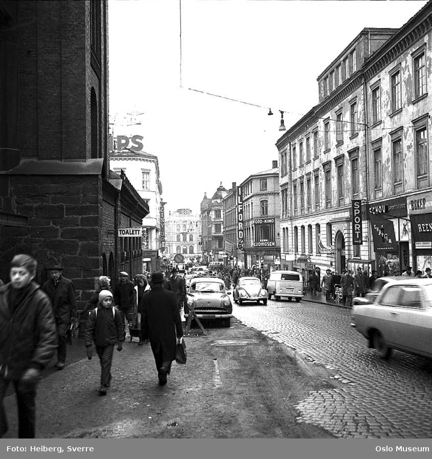 gateløp, mennesker, biler, forretningsgårder, Brannvakten, Østbanestasjonen