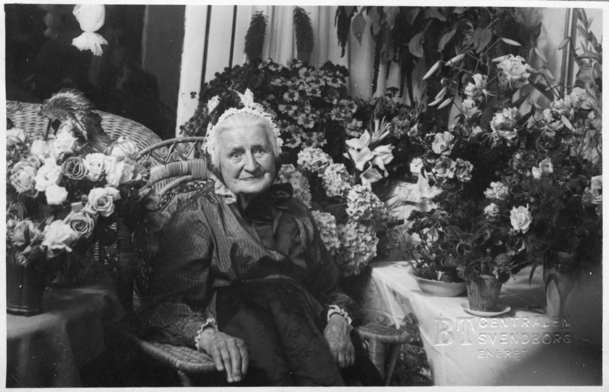 Kvinne, Karin, blomster, postkort,