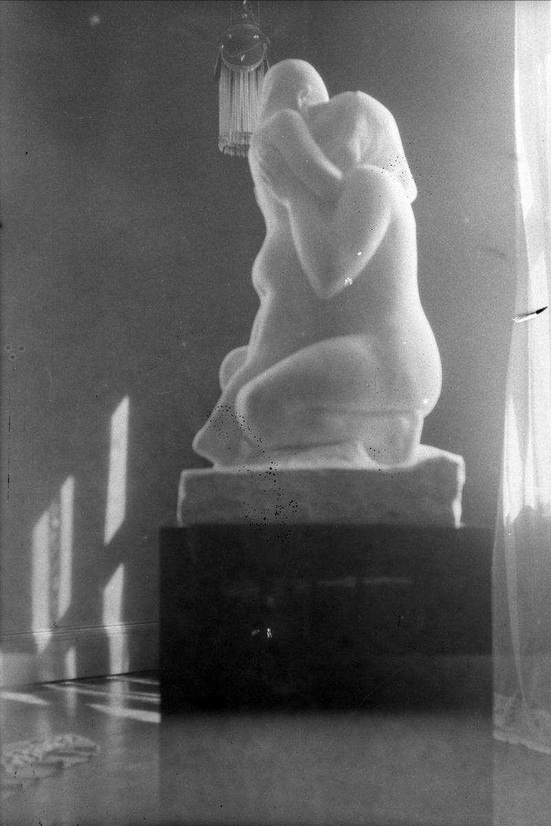 Skulptur, kvinne, barn,