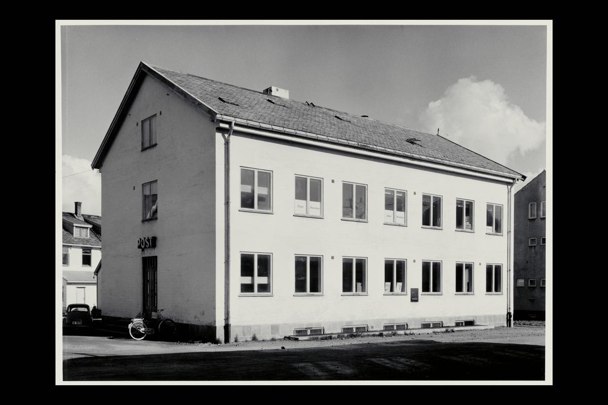 eksteriør, postkontor, 8400 Sortland, innstikkpostkasse