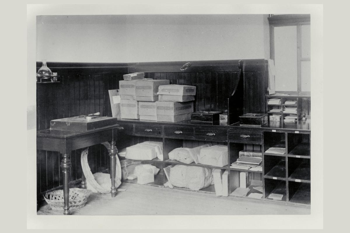 interiør, postkontor, 6500 Kristiansund N, brev, pakkeavdeling