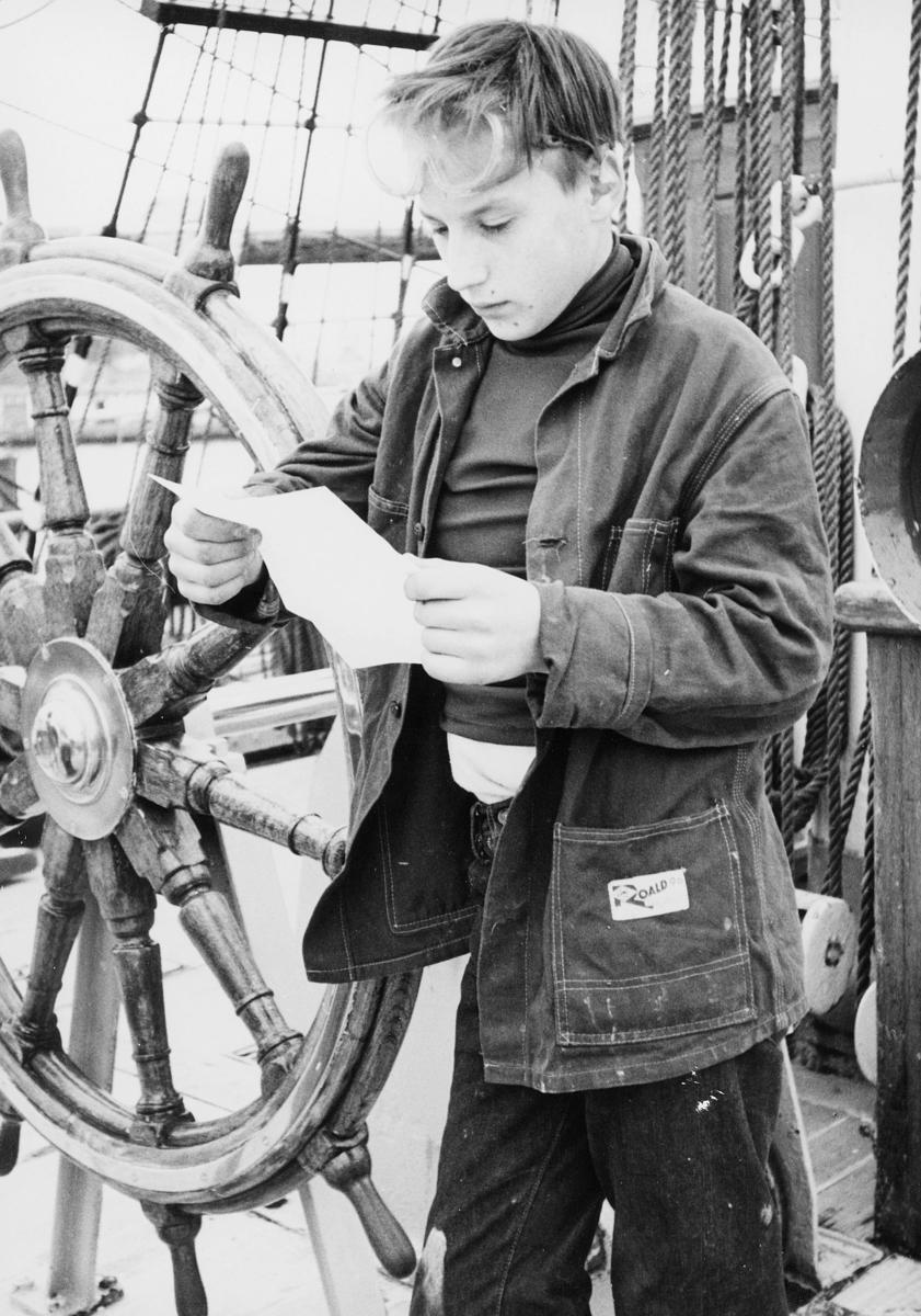 transport, båt, Christian Radich, gutt, brev