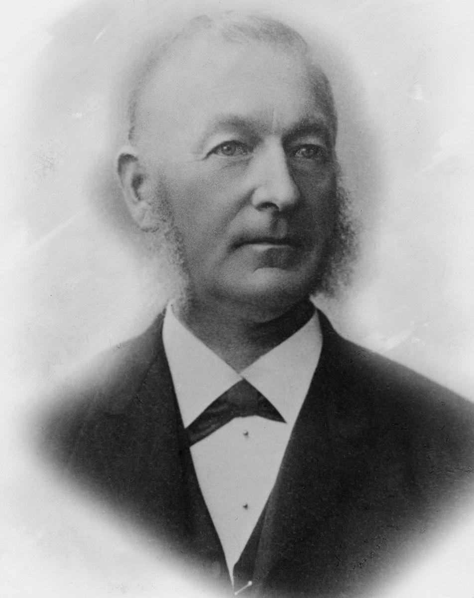 portrett, postmester, Jens Berntsen Hennum