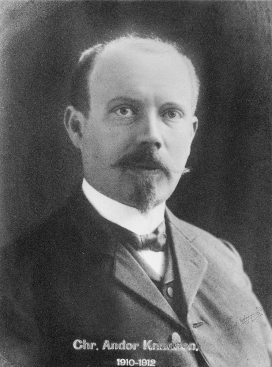 portrett, postmester, Christen Christian Andor Knudsen
