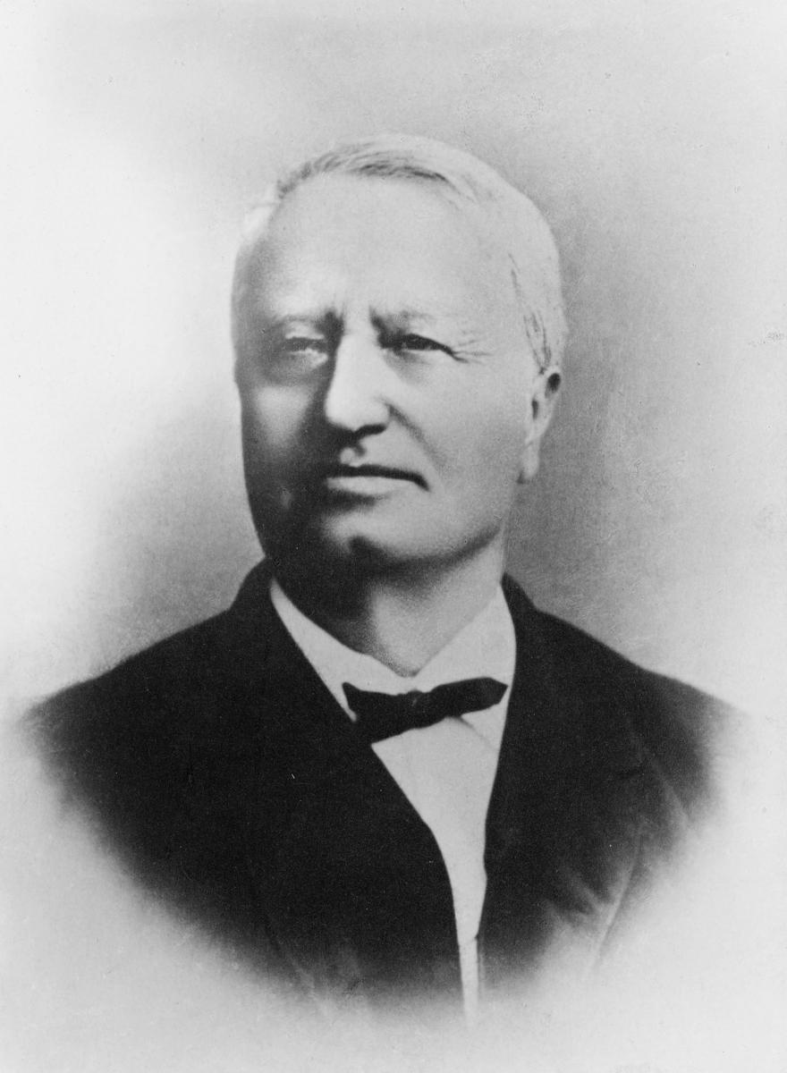 portrett, postmester Ole Hansen