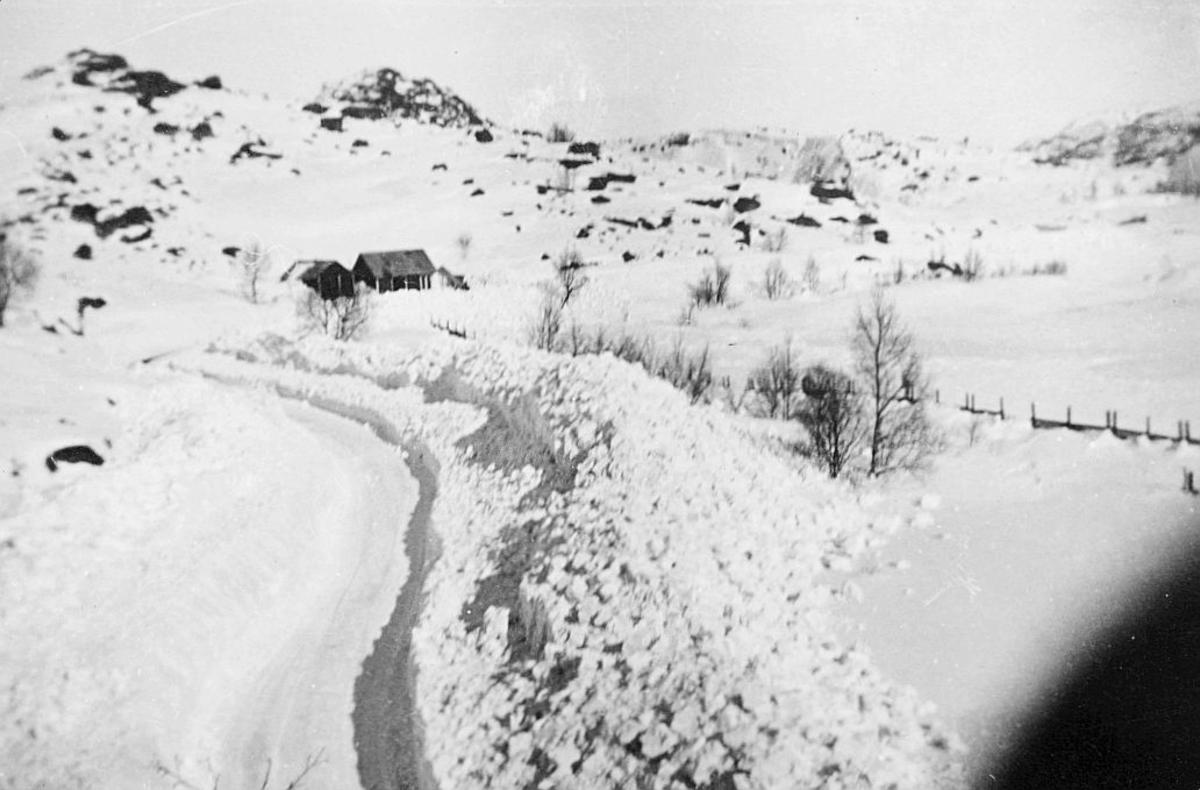 norgesbilder, Kvinnesheia, stort snøfall, hus