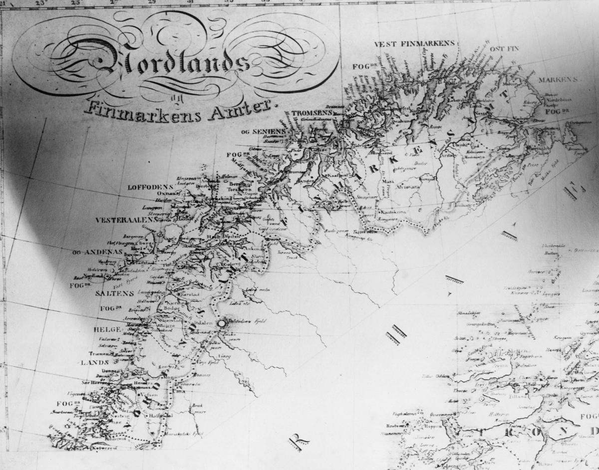 kart, Nordlands og Finmarkens amter 1829 utarbeidet av Carl B. Roosen