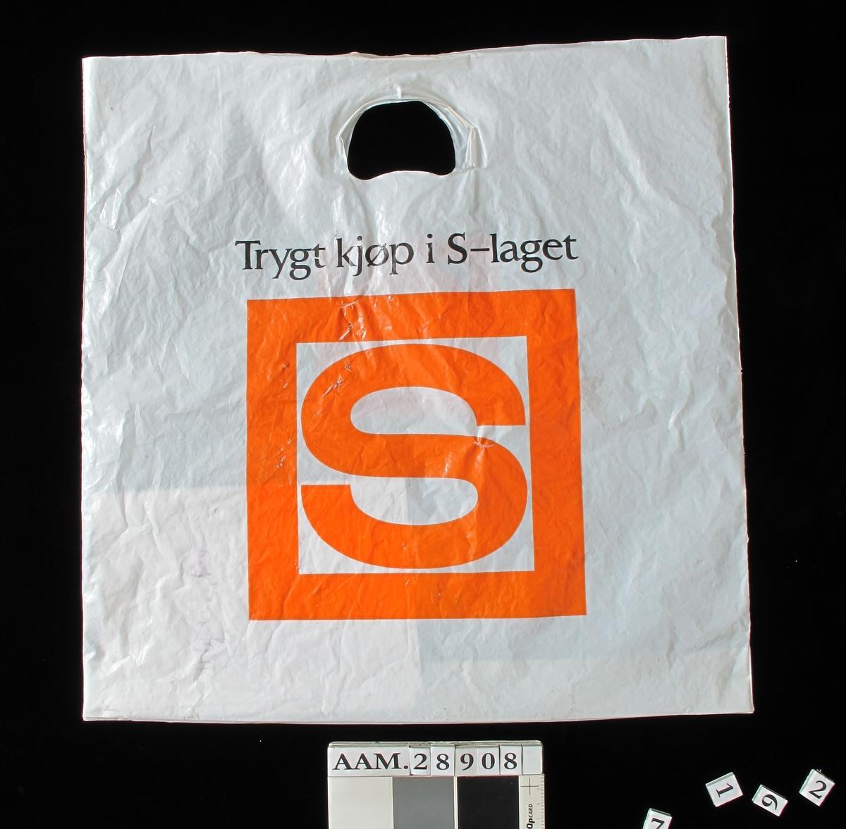 Orange S i ramme.