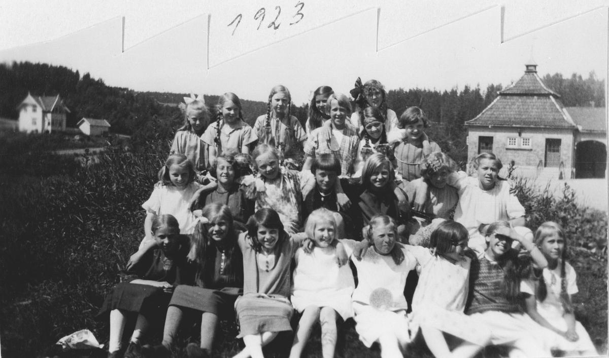 5. skoleklasse, piker, 1923, Greverud Skole