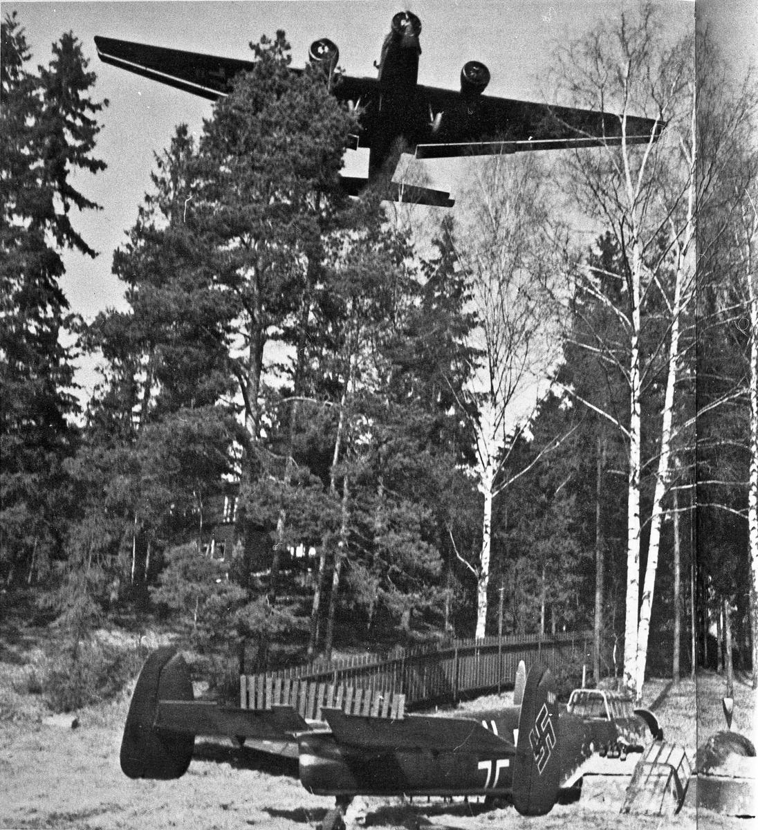 Tysk krigsfly.  21.05.2013: Bildet er tatt på Fornebu 9 april 1940. En Junkers Ju52/3m kommer over Lt. Lent sitt havarerte Messerschmitt 110 Skrevet av: Jo-Olav Bakken
