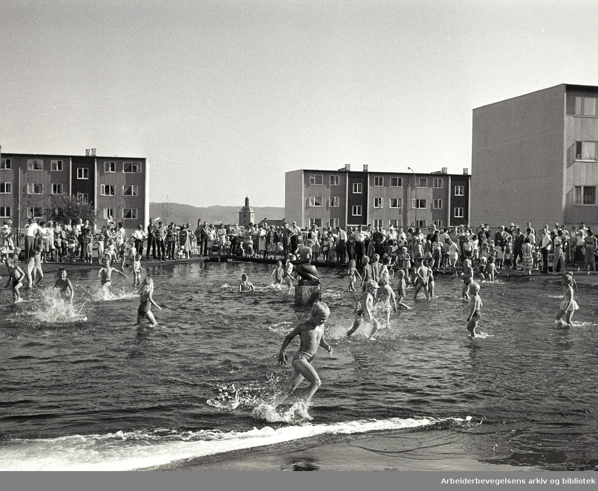 Basseng åpnet på Rødtvedt,.juli 1963