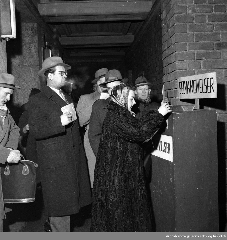 Innlevering av selvangivelsen,.31. januar 1956