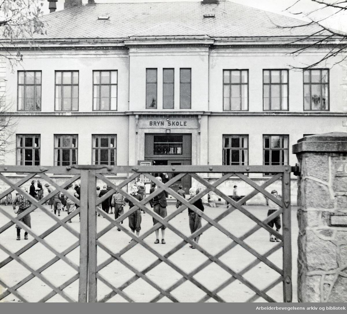 Bryn skole,.oktober 1950