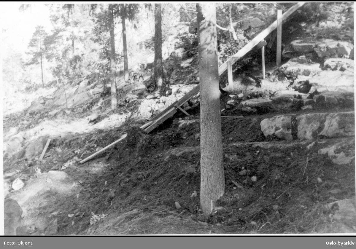 Utbedring / terrassering av bergskråning ved Ingierstrand bad. Vannrenne?