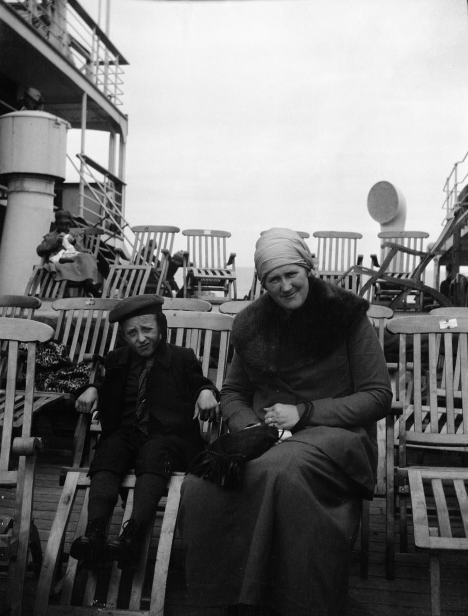 Erling og Lena Rustad på Amerikabåten 1920