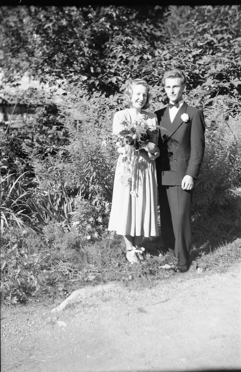 BRUDEPAR, HOVLAND?, MAHISEN?, 1951.