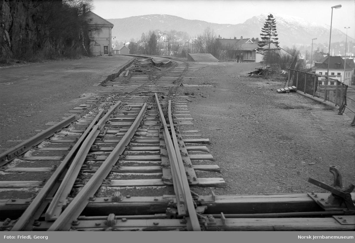 Riving av spor på Nesttun stasjon