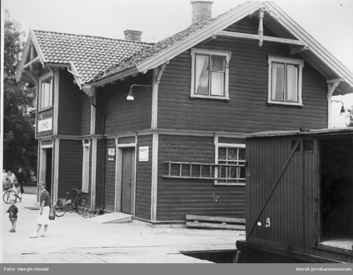 Hornnes stasjonsbygning