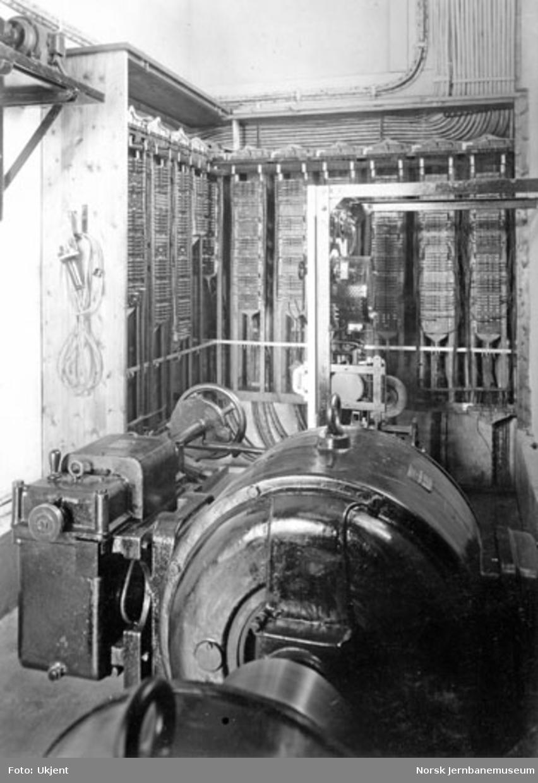 Sikringsanlegg Drammen stasjon : reléskap og omformer