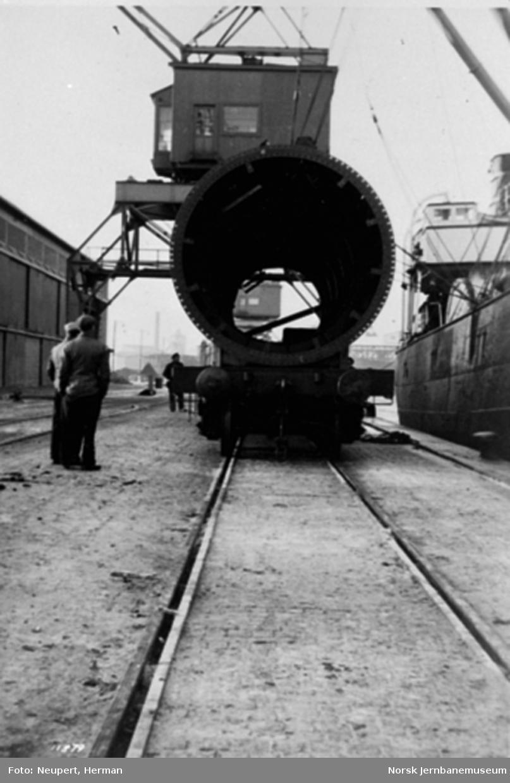 Transport av sylinder fra Drammensjern på To-vogn